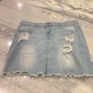 Traffic Jeans Wear   Distressed Denim Skirt sz:16